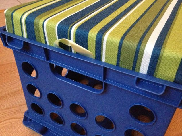 Crate Stool DIY Furniture Pool